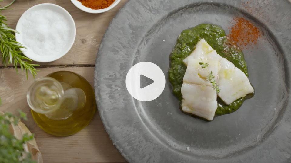 VIsta cenital de la receta de bacalao confitado alteza